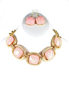 Blush square Chain Necklace-0