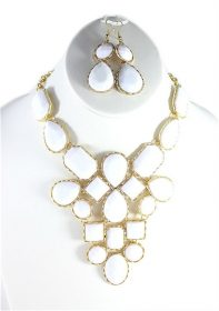 White Bib Teardrop necklace-0
