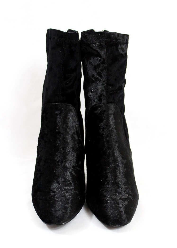 Fay-11 Black Velvet Round Toe Chunky Heel Bootie-4432