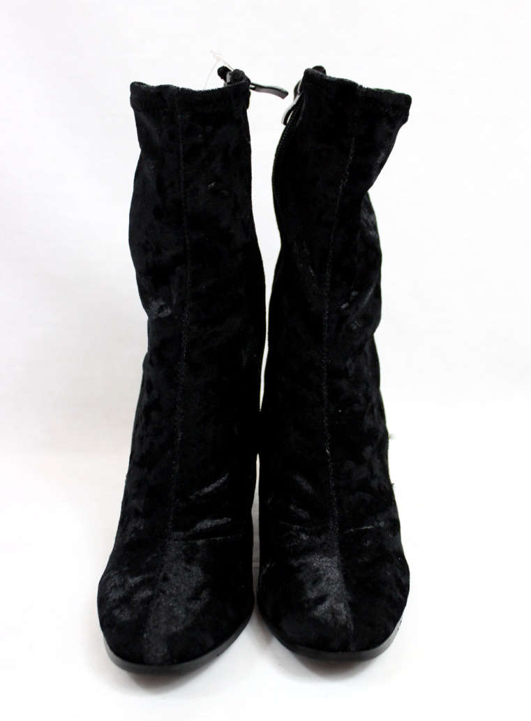 Janet Black Velvet Round Toe Chunky Heel Bootie-4406