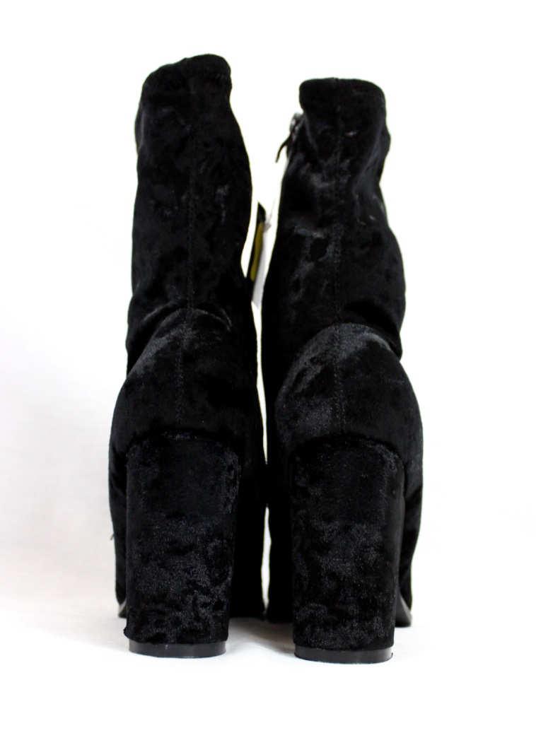 Janet Black Velvet Round Toe Chunky Heel Bootie-4407
