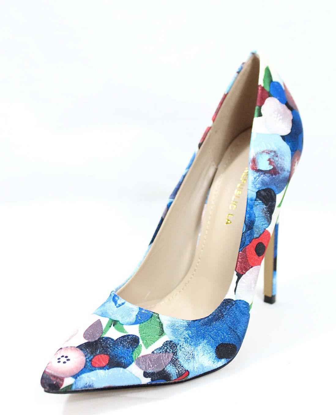 Shoe Republic Styler Blue Pointy Toe Pumps-4580