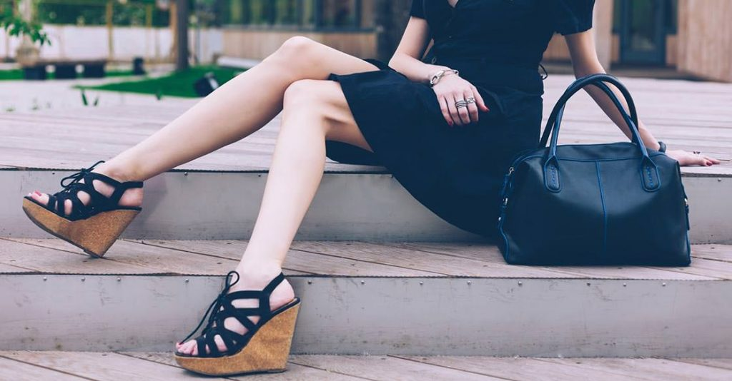 outfits to wear with wedges